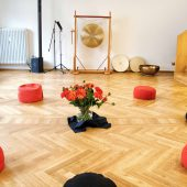 Seminarraum mit Kissenkreis